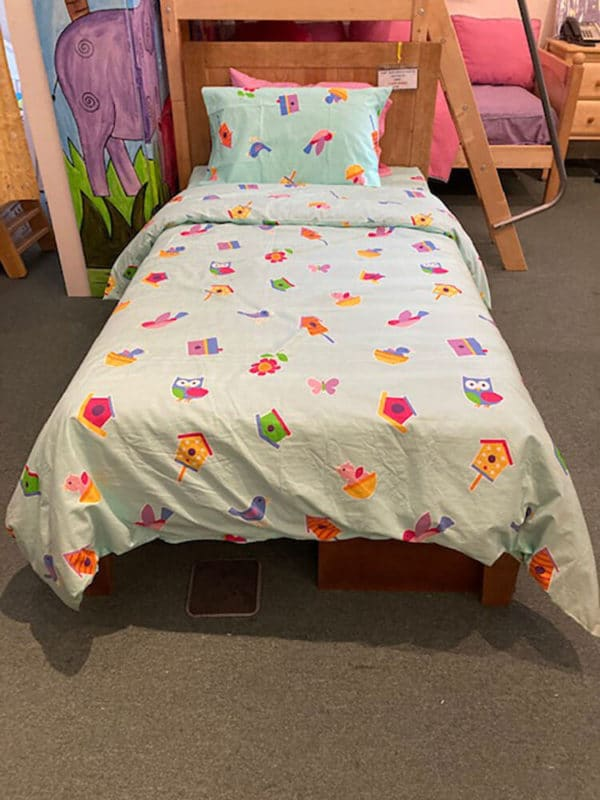 clearance pinecrest twin bed